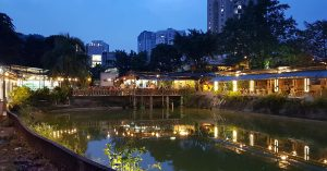 Blue Zone Cafe: Romantic lakeside seafood restaurant in Kuala Lumpur